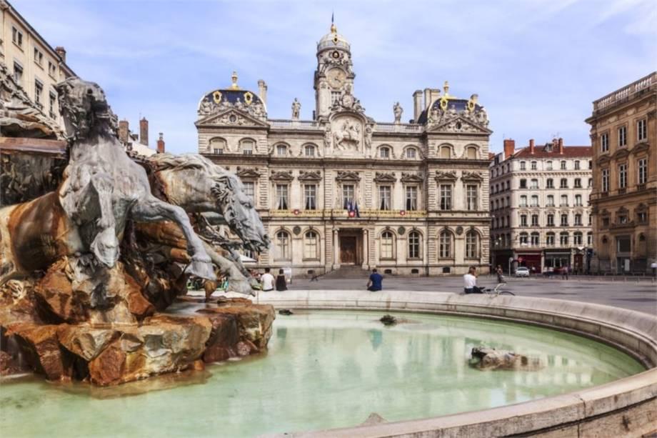 Sonderflug Lyon und das Weinbaugebiet Beaujolais zum Superpreis