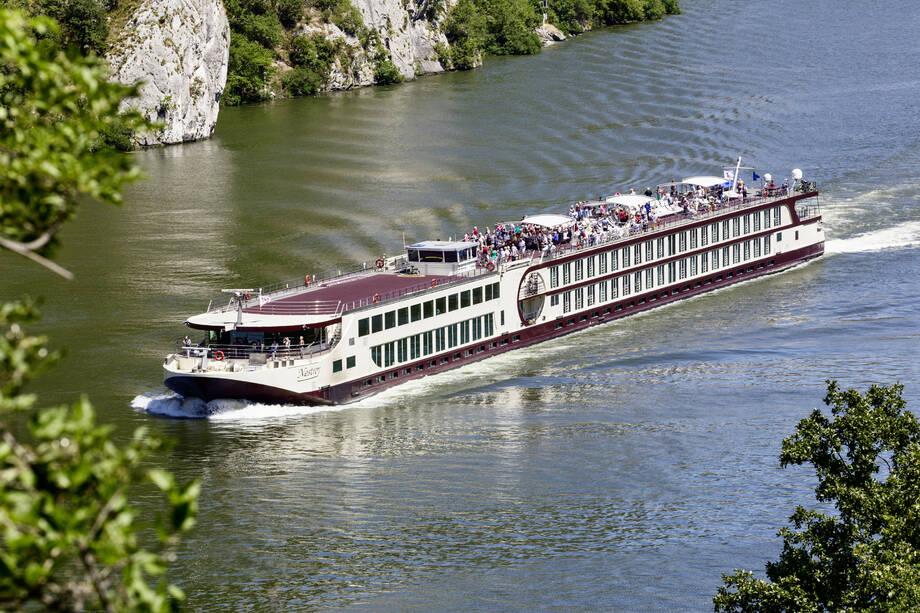 MS NESTROY****  -  Donaukreuzfahrt ab / bis Wien zum Eisernen Tor