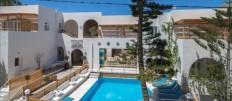 ...KURIER CLUB -  3 * Hotel Amaryllis, Perissa, Santorin