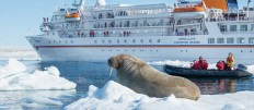 ...KURIER CLUB - MS BREMEN - Expedition Island & Spitzbergen